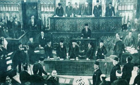 افتتاح مجلس النوّاب الجديد – 21 ديسمبر (كانون الأوّل) 1936 (مصدر الصورة: موقع التاريخ السوري)